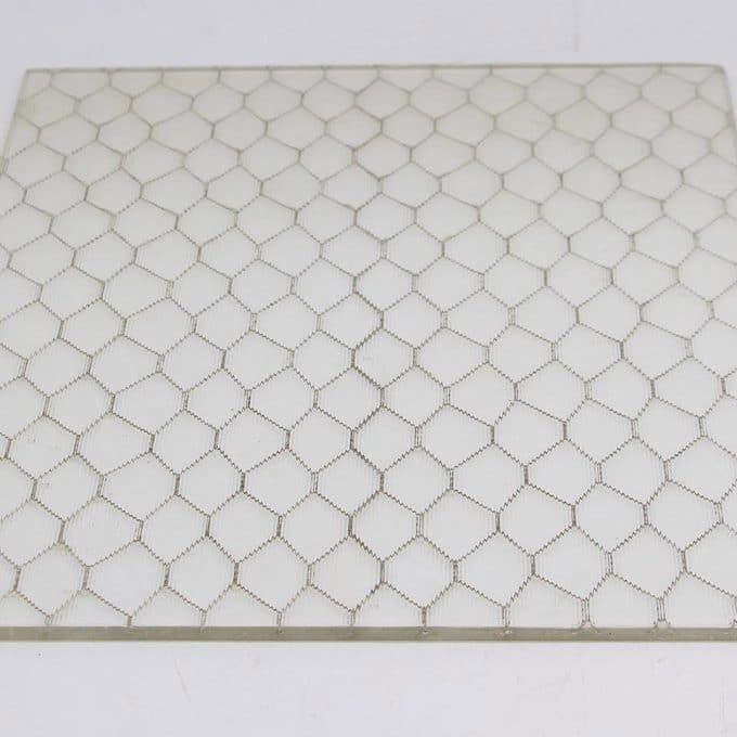 Ribbed chicken wire glass